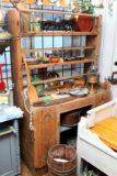 Lautashyllykaappi 1700 luvulta
