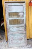 Vanha ovi karmilla