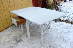 Klaffipöytä valkoinen