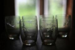 Kotimaisia vanhoja juomalaseja
