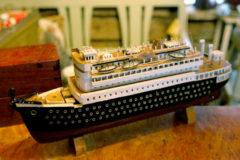 Vanha pienoismalli laiva