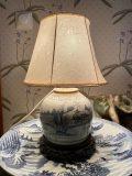 Kiinalainen 1700 luvun maljakko/valaisin